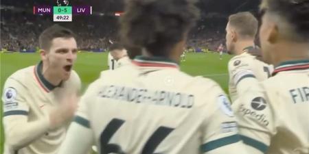 صرخ في زملائه.. رد فعل مُثير لـ روبرتسون بعد هدف محمد صلاح الثالث أمام مانشستر يونايتد